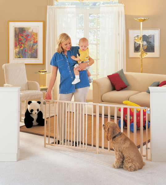 NS4649 - North States Extra-Wide Swing Wood Pet Gate Fits Openings 60-103 inches